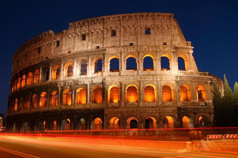 Cruzeiro pelo Mediterrâneo + tour pela Itália